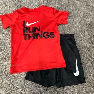 Nike Dri-Fit 2-piece short set